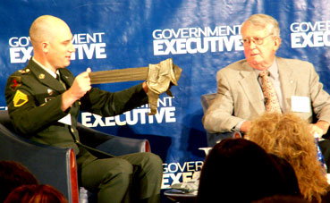Bob Brewin (right)